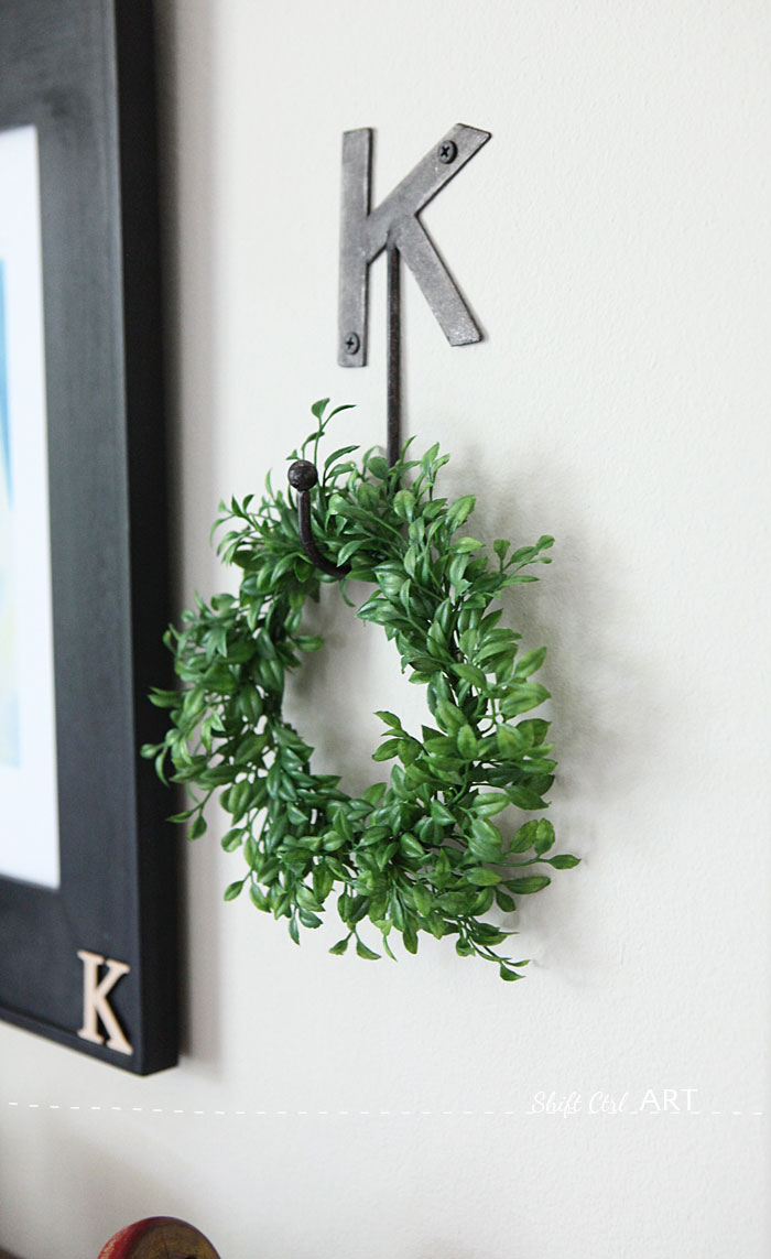 How to make a forever wreath in ten minutes