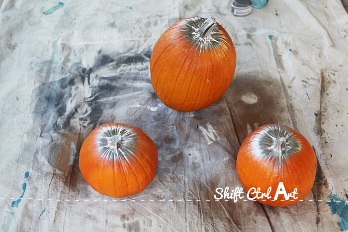 Silver leaf pumpkin halloween door decor 1