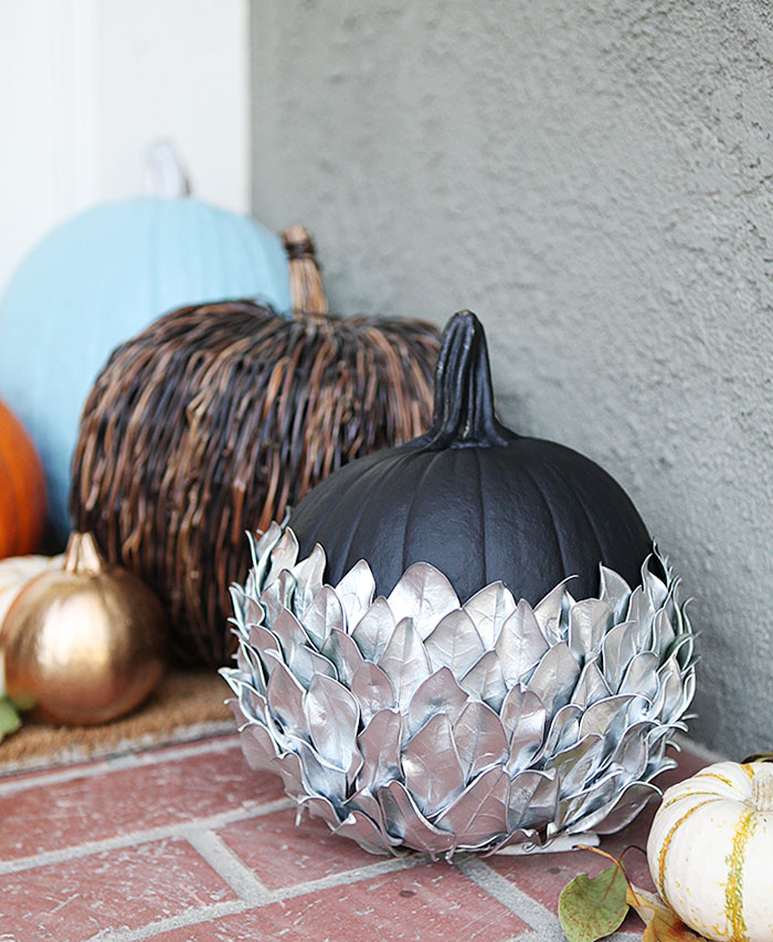 Silver leaf pumpkin halloween door decor