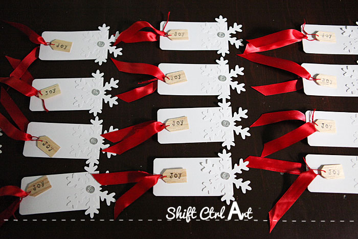 Snow flake wood shingle gift tags