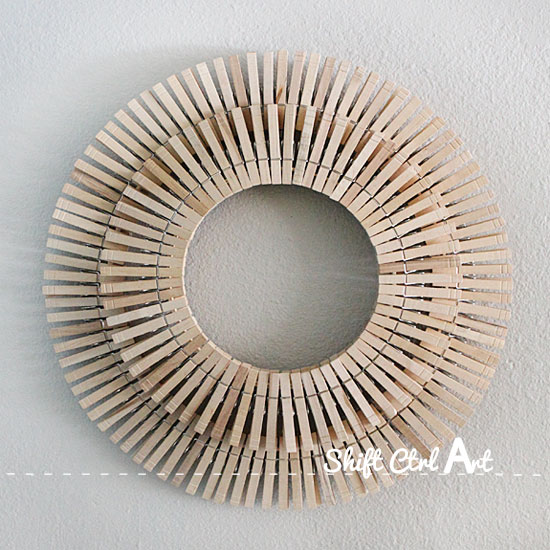 How to make laundry room art with clothes pins