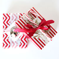 Layered gift wrapping