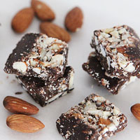 Paleo chocolate and almond bark