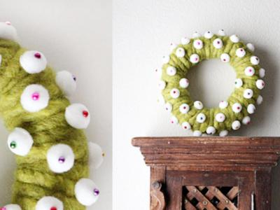 Wool-wreath dressed up.