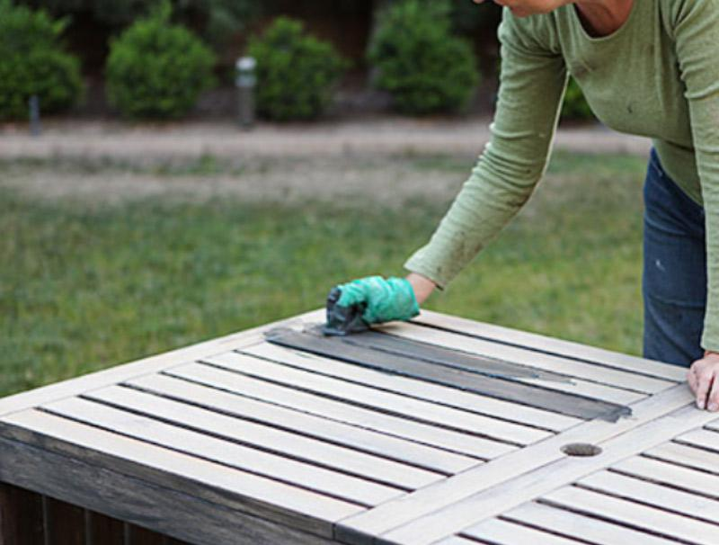 Painting The Outdoor Furniture How I Got That Barnwood Color - How to stain a picnic table