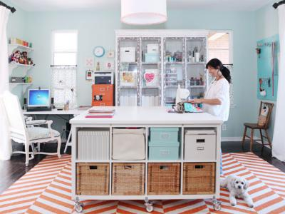 Great Finds: Ana's sewing room, aprons and cucumber snack