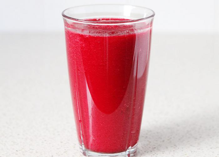 Red smoothie juice - paleo